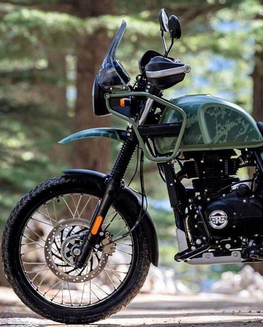 2021 Royal Enfield Himalayan: तस्वीरों में देखें कैसी है रॉयल एनफील्ड की नयी हिमालयन मोटरसाइकिल