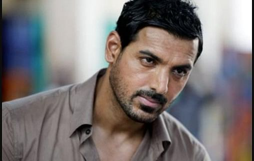 """जॉन अब्राहम की फिल्म """"अटैक"""" की टीम पर हुआ पथराव, अलीगढ़ में चल रही है शूटिंग, जानें पूरा मामला"""
