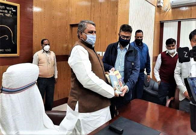 Bihar Niyojit Teacher News: बिहार में शिक्षक नियोजन की प्रक्रिया जल्द होगी पूरी, शिक्षा मंत्री विजय चौधरी ने अफसरों को सौंपा टास्क