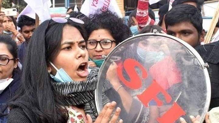 Bengal Chunav 2021 : बंगाल के संग्राम में JNU के छात्र नेताओं की एंट्री, प्रचार में दिखेगा अलग रंग? Special Story