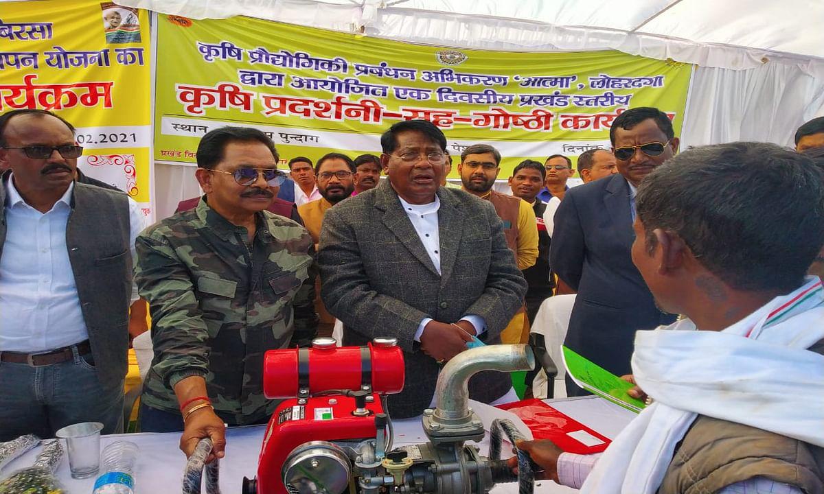 झारखंड में नहीं रहेगा कोई भूखा, जल्द दिखेगा विकास : मंत्री डॉ रामेश्वर उरांव