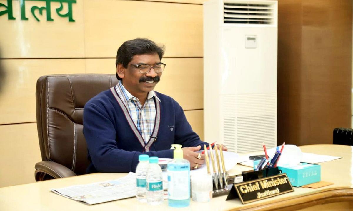 Naukri In Jharkhand : झारखंड में 1395 पदों पर होगी नियुक्ति, हेमंत सोरेन सरकार ने दी हरी झंडी, ये है पूरी डिटेल्स