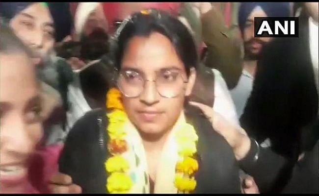 लेबर एक्टिविस्ट नवदीप कौर हुईं रिहा, पंजाब और हरियाणा हाई कोर्ट ने दी जमानत