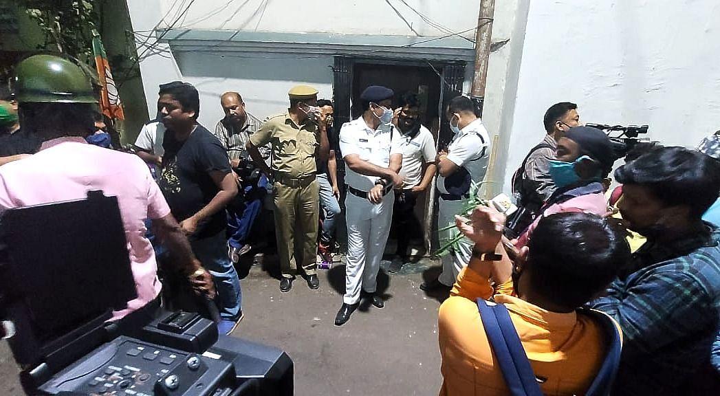 BJP नेता राकेश सिंह बर्दवान से गिरफ्तार, कोलकाता पुलिस ने दो बेटों को हिरासत में लिया, तीन घंटे तक घर की तलाशी के बाद की कार्रवाई