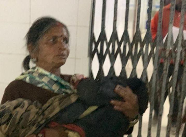 Jharkhand News : हजारीबाग में एक बार फिर केरोसिन ब्लास्ट, महिला समेत दो बच्चे झुलसे, अब तक तीन की हो चुकी है मौत