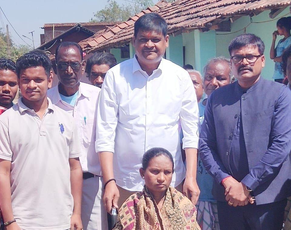 Jharkhand News : जिला परिषद का चुनाव रिकॉर्ड वोटों से जीतने वाले जिला परिषद उपाध्यक्ष राजकुमार सिंह अब क्यों नहीं लड़ेंगे चुनाव, पढ़िए क्या किया ऐलान