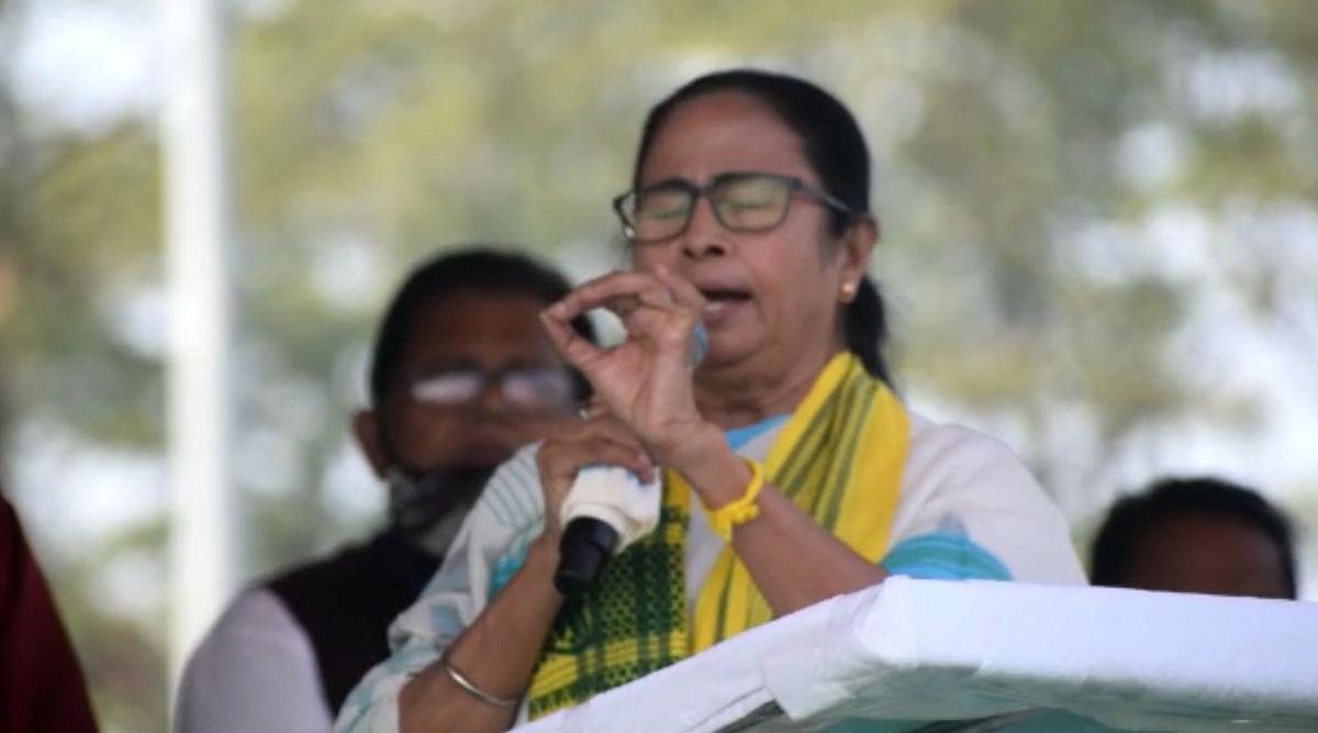 Bengal Chunav 2021: बंगाल कांग्रेस बन गयी है बीजेपी की दलाल, पुरुलिया की रैली में सीएम ममता बनर्जी का आरोप