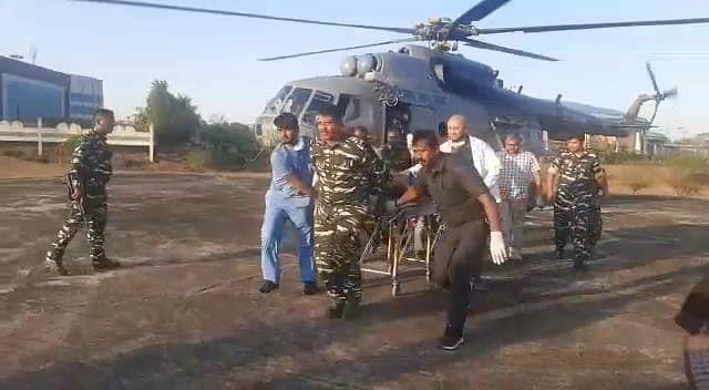 झारखंड के गुमला में भाकपा माओवादियों ने किया IED ब्लास्ट, सीआरपीएफ के जवान रॉबिन्स कुमार घायल, हेलीकॉप्टर से भेजे गये रांची