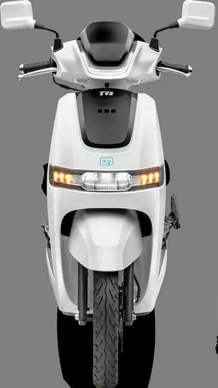 5000 रुपये में घर लाएं TVS का यह लखटकिया इलेक्ट्रिक स्कूटर, मिलेगी 75 किमी की रेंज