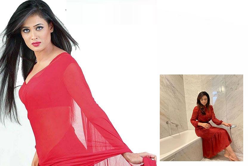 Shweta Tiwari ने करवाया बाथटब के पास Red Outfit में फोटोशूट, एक्ट्रेस ने कहा कोरोना के कारण तो . . .
