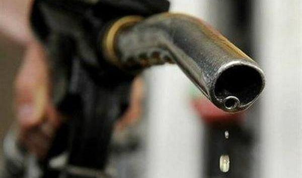 फरवरी माह में बढ़े सात डॉलर प्रति बैरल क्रूड ऑयल के दाम, दिल्ली में पेट्रोल 89.50 के पार, ...जानें क्या है तेल का खेल?