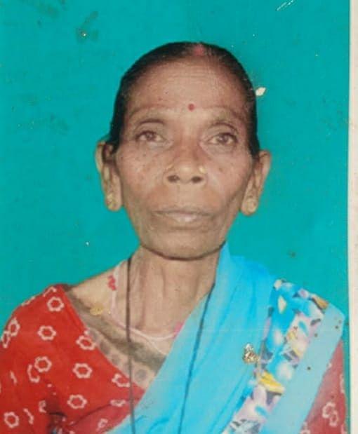 पत्नी सोमारी देवी