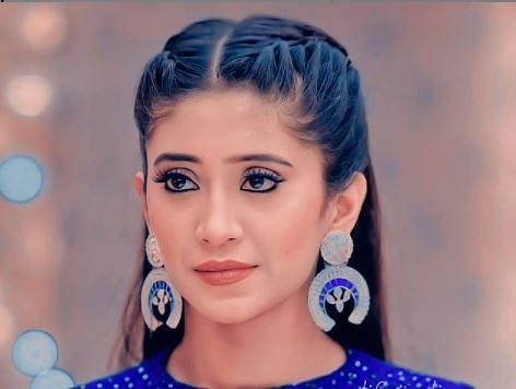 Yeh Rishta Kya Kehlata की 'नायरा' का हॉट अंदाज वायरल, ऑफ शोल्डर ड्रेस में तसवीर देख आपकी नजरें नहीं हटेगी