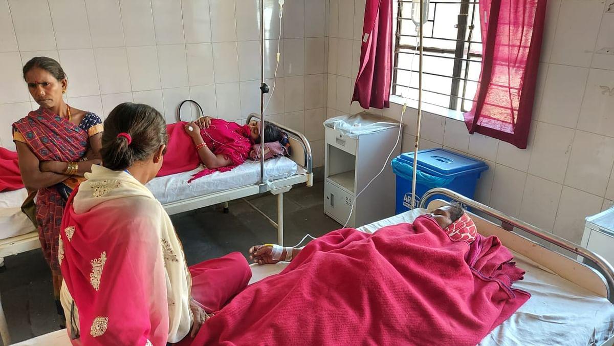 Jharkhand News : झारखंड के चतरा में चौथे दिन भी ठप रहा NTPC का कार्य, अनशन पर बैठी महिला की तबीयत बिगड़ी, अस्पताल में भर्ती