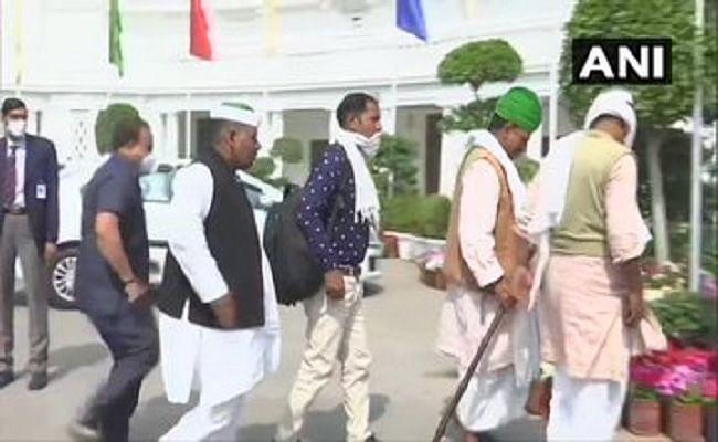 Kisan Andolan : यूपी के किसानों से मिले दिल्ली के सीएम अरविंद केजरीवाल, 28 फरवरी को मेरठ में महापंचायत को करेंगे संबोधित