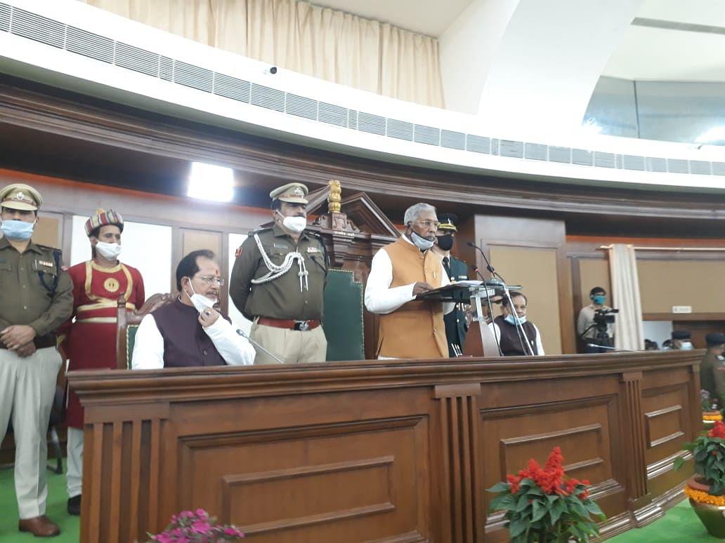 बजट सत्र के पहले दिन राज्यपाल का अभिभाषण, नीतीश सरकार के 'आत्मनिर्भर बिहार' का संकल्प दोहराया, यहां पढ़िए खास बातें
