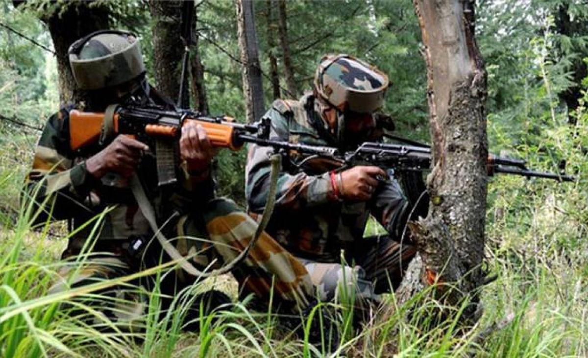 J&K Terrorist Attack : विदेशी राजनयिकों के दौरे के बीच श्रीनगर में आतंकी हमला, एक युवक घायल