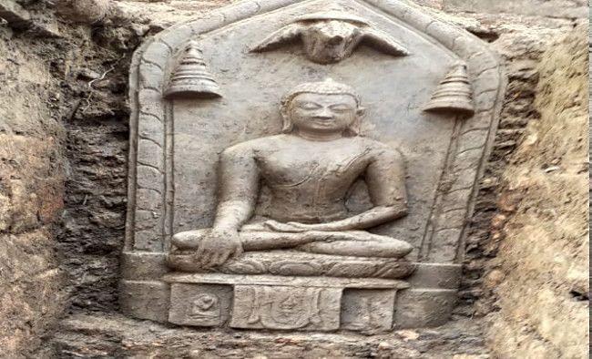 Jharkhand News : हजारीबाग के बहोरनपुर से चोरी हुई भगवान बुद्ध की दुर्लभ मूर्तियां बरामद, तीन लोग गिरफ्तार, छापामारी जारी
