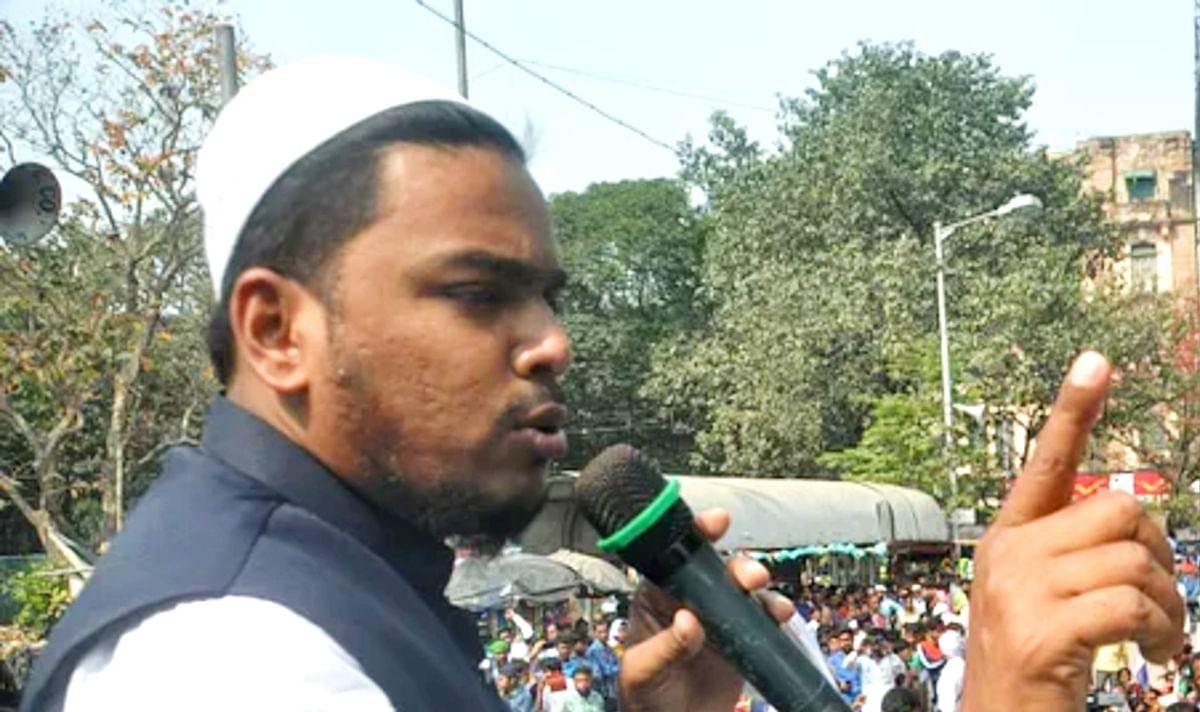 WB Chunav 2021 : पीरजादा अब्बास की पार्टी में शामिल होना दो युवकों को पड़ा महंगा, TMC समर्थक पिता ने घर से निकाला