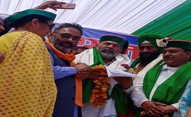 Punjab News : किसान नेता नरेश टिकैत ने की आप अध्यक्ष से मुलाकात, कहा- किसानों की लगातार अनदेखी कर रही केन्द्र सरकार