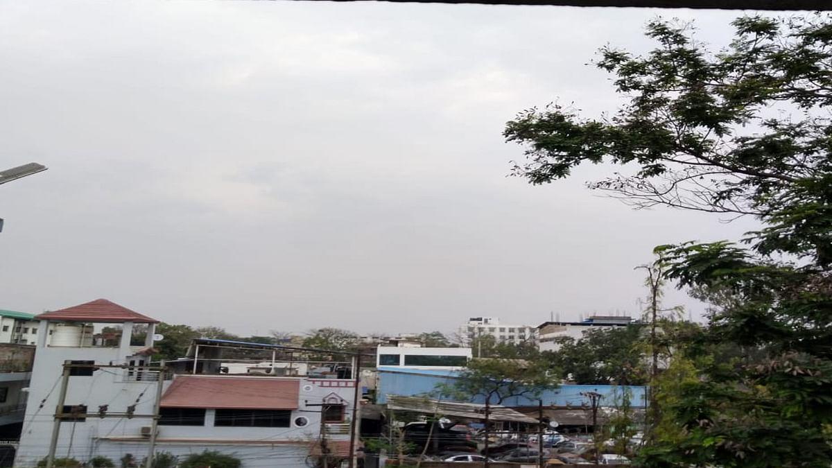 Rajasthan Weather Update: मौसम ने ली करवट, राजस्थान के इन जिलों में बारिश का अलर्ट, जयपुर और अजमेर में चल सकती है धूल भरी आंधी