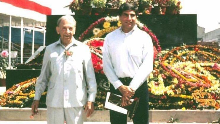 जेएन टाटा की 182वीं जयंती : जमशेदपुर पहुंचे रतन टाटा जेआरडी टाटा के साथ वाली तस्वीर ट्विटर पर शेयर कर हुए भावुक, लिखा ये संदेश