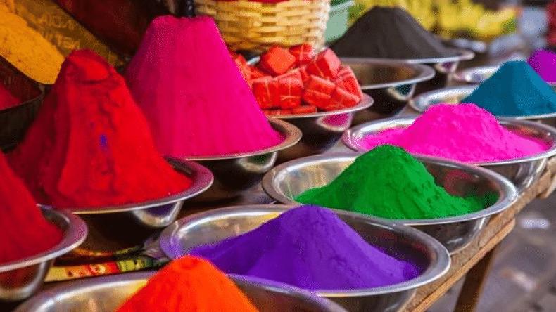होली के रंग में कोरोना का भंग, दिल्ली, यूपी, झारखंड समेत कई राज्यों में सख्त लॉकडाउन, जानिए कहां क्या है नियम