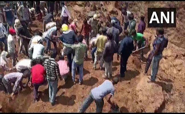 Gujarat News : सूरत में बड़ा हादसा, निर्माणाधीन बिल्डिंग की दीवार गिरने से 4 मजदूरों की मौत