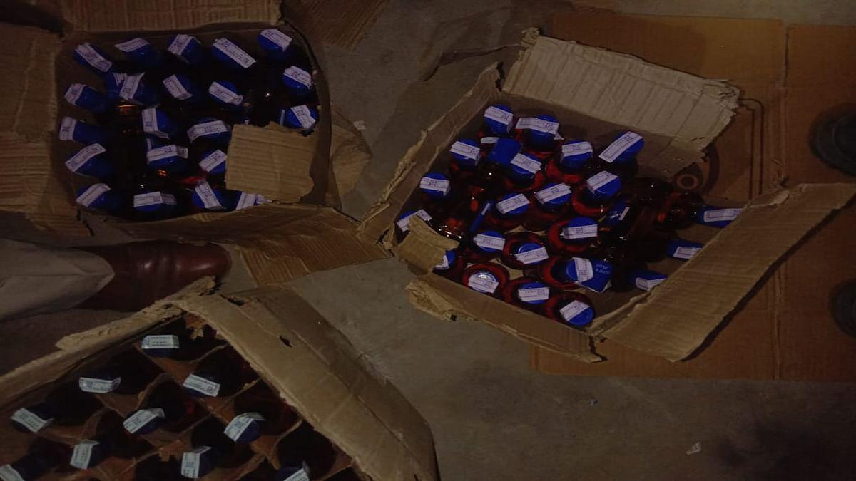 यूपी में जहरीली शराब पीने से 24 लोगों की मौत, कई की हालत गंभीर, जांच कर रही पुलिस ने कही ये बात