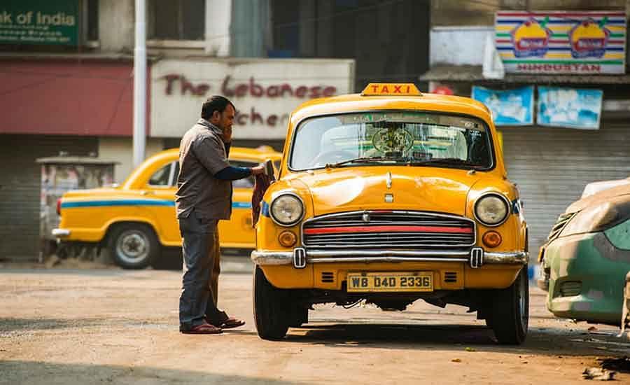 West Bengal News : केंद्र की गाइडलाइंस को लागू करे राज्य परिवहन विभाग : नवल किशोर