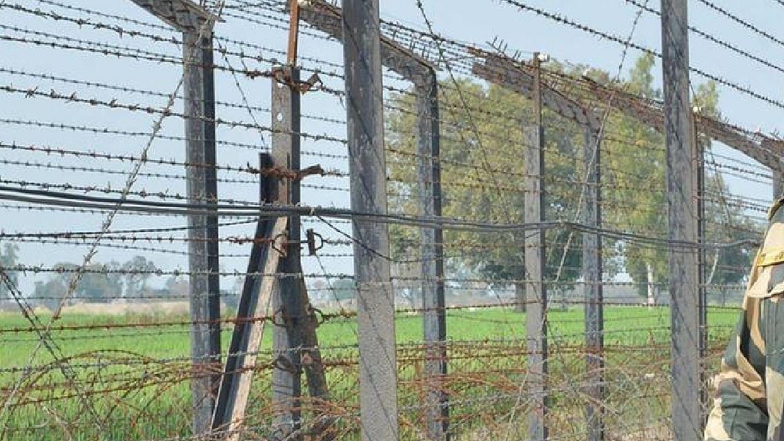 किसान आंदोलन के बाद से पाकिस्तान ने तेज की हथियारों की सप्लाई, सीमा पर बार- बार देखा जा रहा है ड्रोन