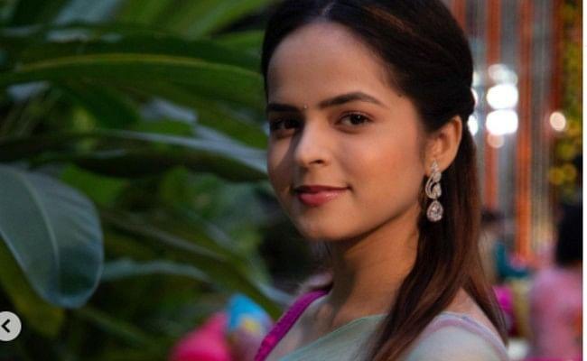Taarak Mehta Ka Ooltah Chashmah : भिड़े की बेटी 'सोनू' का ट्रांसपेरेंट ड्रेस में दिखा बोल्ड अंदाज, फैंस बोले क्यूटनेस ओवरलोडिड...