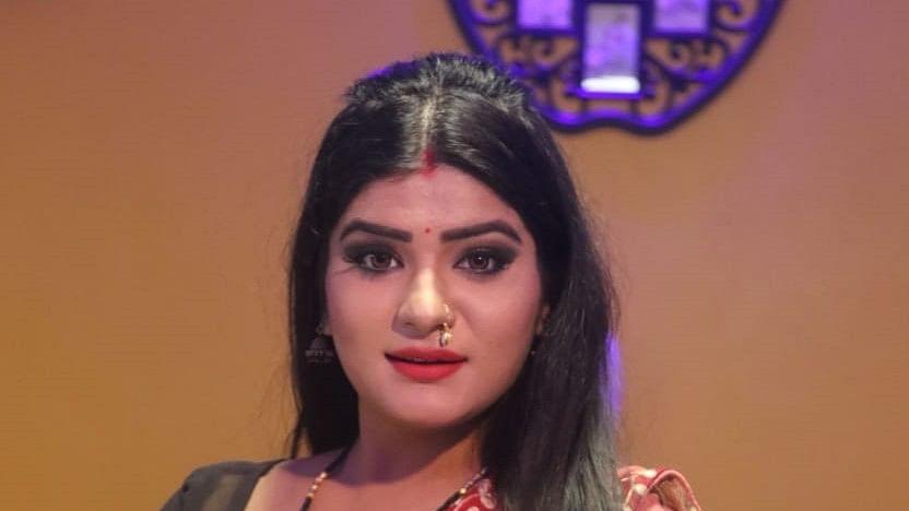 Bhojpuri Film News: खेसारीलाल यादव के बाद अब निरहुआ के साथ नजर आएंगी श्रुति राव, Delhi Police के लिए कर चुकी हैं काम