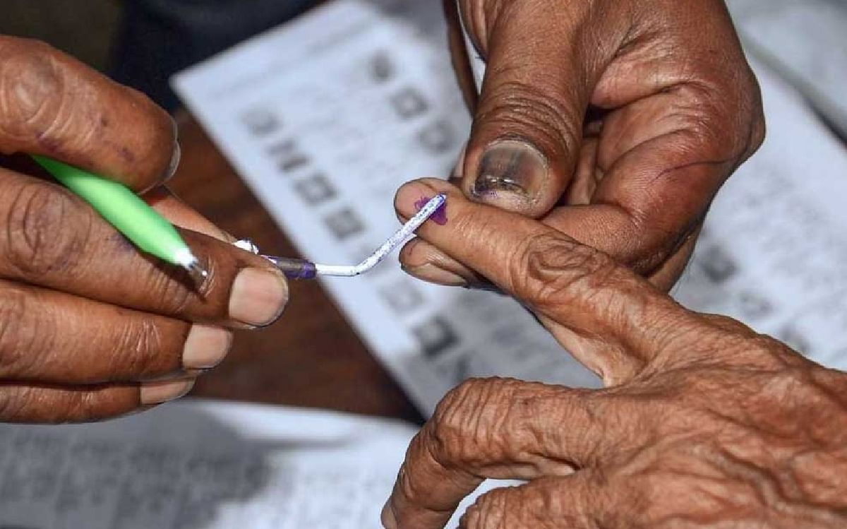 UP Panchayat Chunav 2021 : हाईकोर्ट के फैसले से योगी सरकार को राहत, आरक्षण संबंधी याचिका खारिज