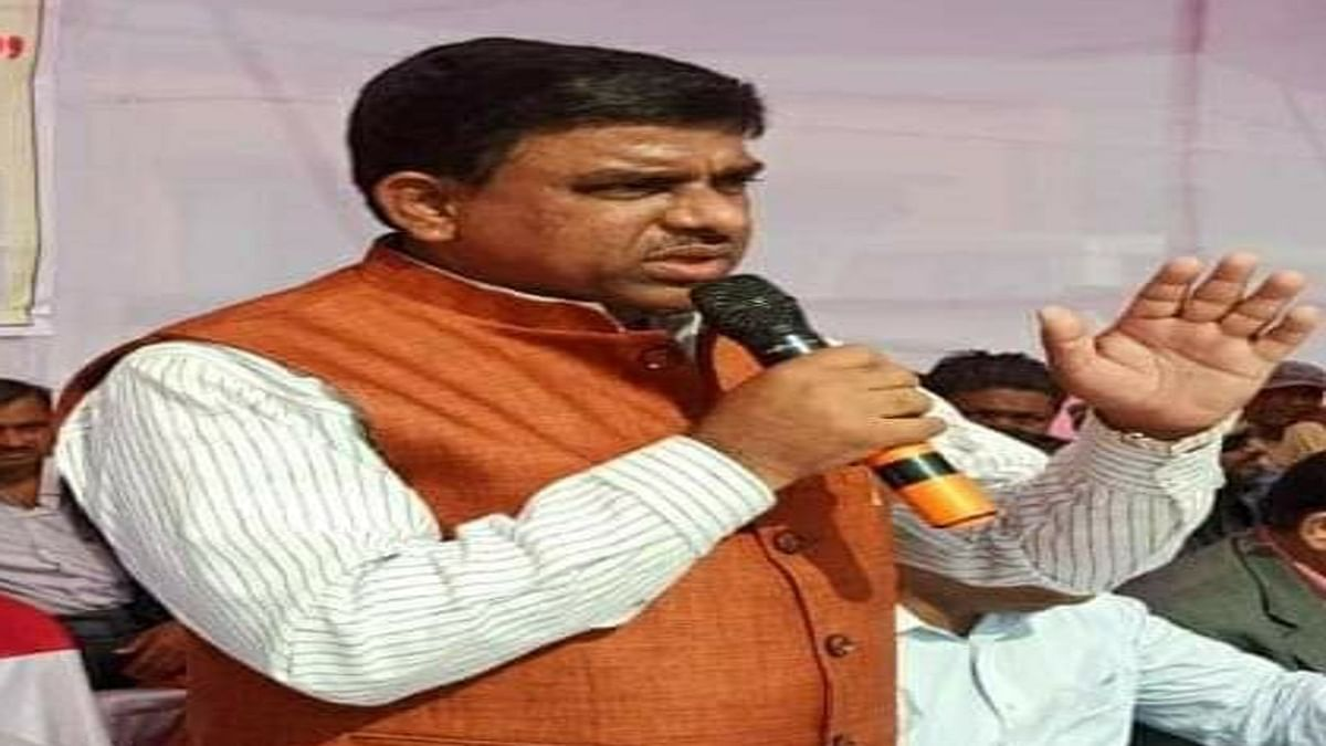 Jharkhand Budget 2021 : झारखंड विधानसभा में पेश हो रहा था बजट, अचानक भाजपा विधायक ने बजा दी सीटी