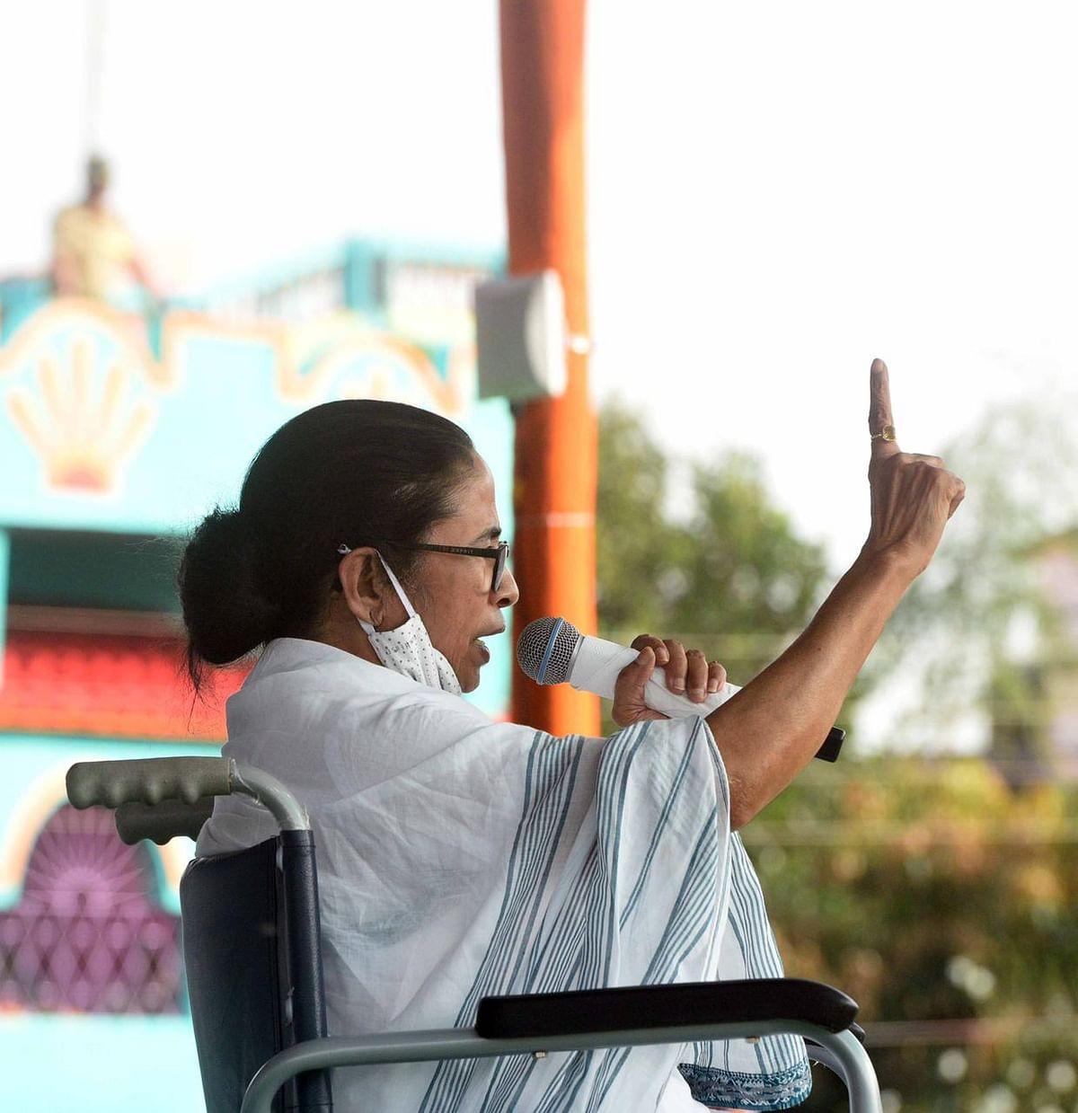 Bengal Election 2021: बांकुड़ा में TMC कैंडिडेट सायंतिका की तारीफ, ममता बनर्जी के लिए कितना होगा फायदेमंद ?