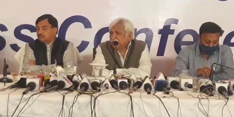 Assembly Election 2021: बंगाल में हिंसा, कोरोना की स्थिति और संवेदनशील बूथों को लेकर आयोग सतर्क, सीईसी की फुल टीम ने बताई अहम बातें