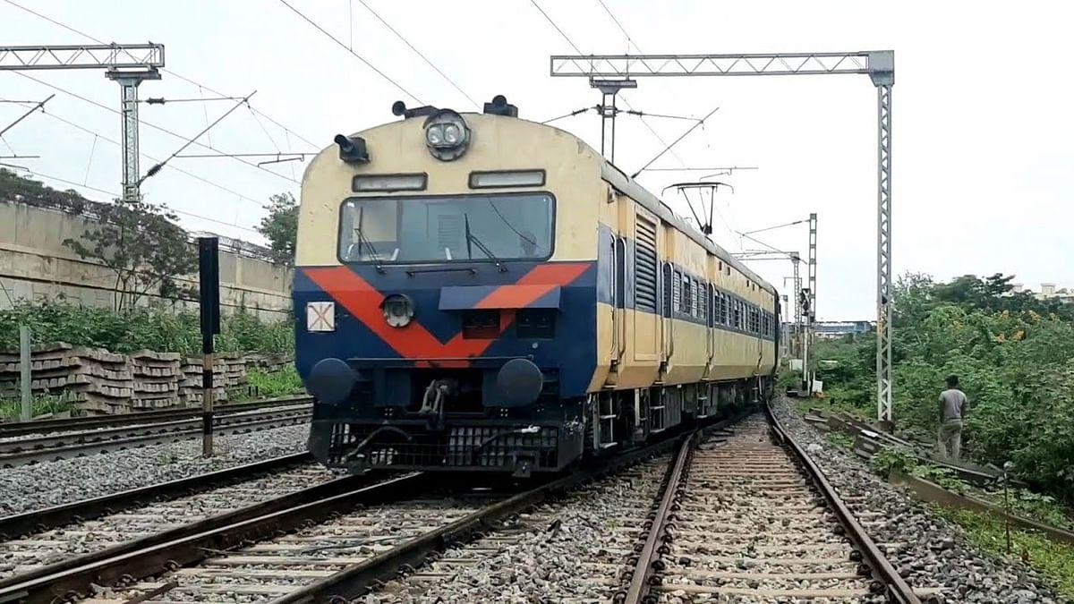 Indian Railways / IRCTC / Train News :  गया-पटना रूट पर तीन जोड़ी मेमू पैसेंजर ट्रेनों का परिचालन शुरू, बिहार से यूपी जाना भी हुआ आसान