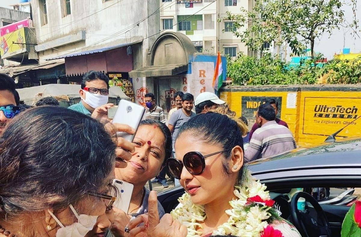 Bengal Chunav 2021 : अब एक्टर Saayoni Ghosh ने बताया Khela Hobe का क्या है मतलब, देखें Video