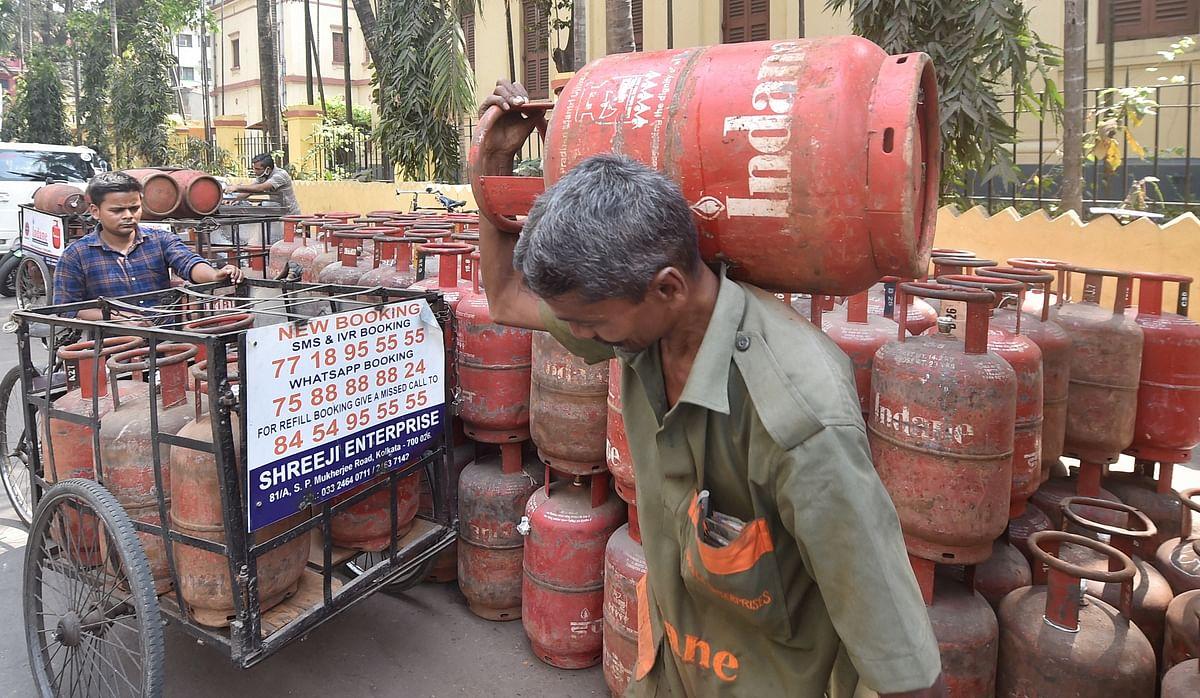 LPG Cylinder : सिर्फ 9 रुपये में आपको मिलेगा LPG सिलेंडर! करें बस ये आसान काम