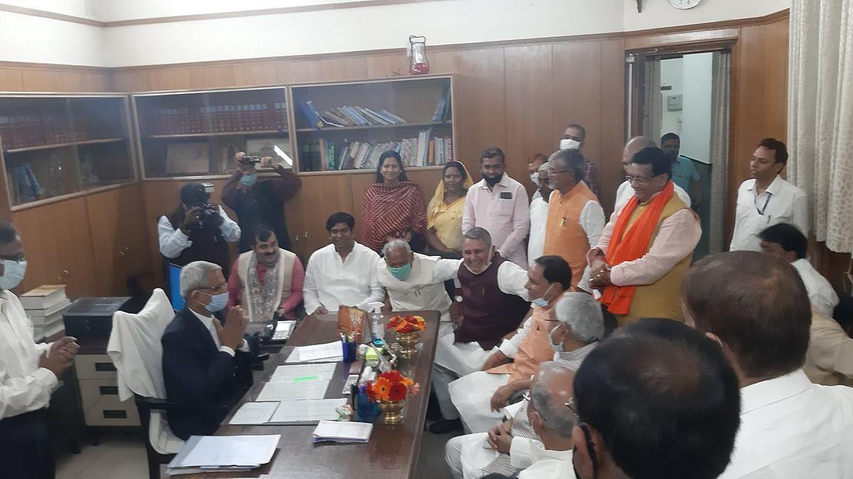 Bihar Vidhan Sabha: बिहार विधानसभा अध्यक्ष के बाद उपाध्यक्ष चुनाव भी हुआ रोचक, JDU के खिलाफ RJD का प्रत्याशी मैदान में