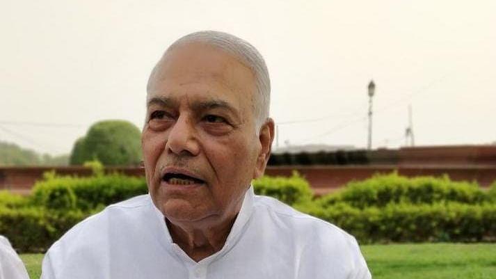Bengal Chunav 2021 : मोदी-शाह को फायदा पहुंचाने के लिए बंगाल में हो रहा है आठ चरणों में चुनाव, TMC में शामिल होने के बाद बोले पूर्व BJP नेता Yashwant Sinha