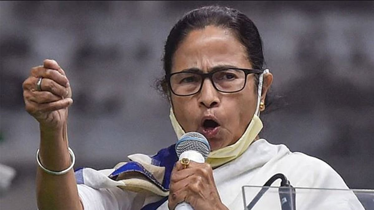 ममता बनर्जी के साथ दिल्ली जा सकते हैं मुकुल रॉय, 21 को टीएमसी सुप्रीमो के भाषण का कई राज्यों में होगा प्रसारण