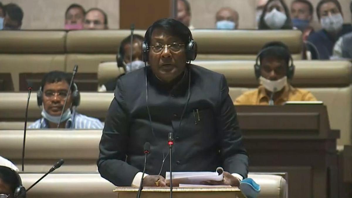 Jharkhand Budget 2021 : युवाओं को रोजगार, ओपन यूनिवर्सिटी और यूनिवर्सल पेंशन स्कीम समेत इन योजनाओं से झारखंड में आयेगी आर्थिक समृद्धि