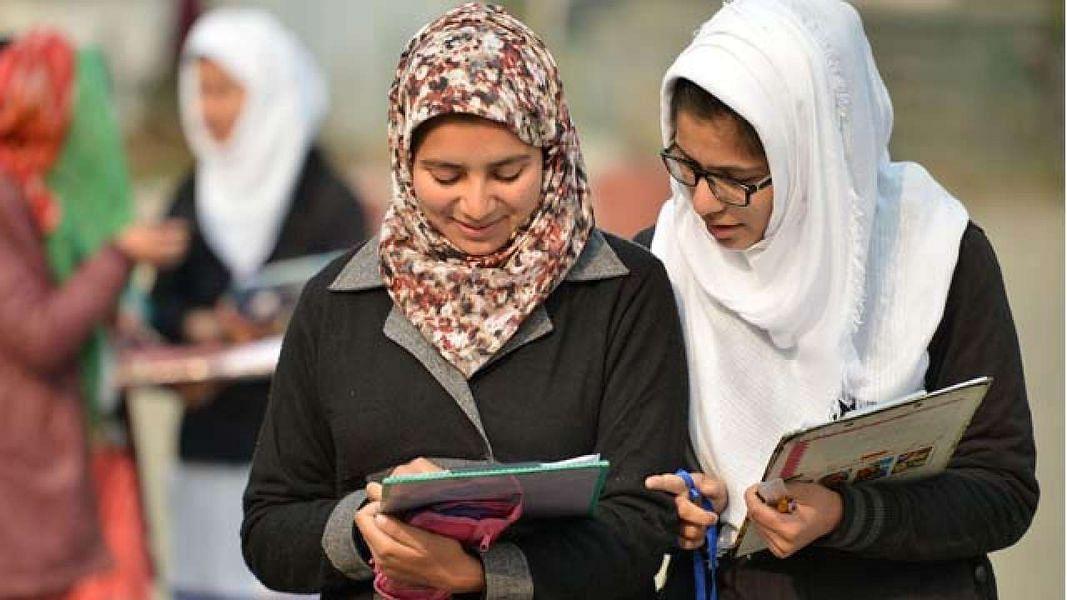 NIA का बड़ा खुलासा : भारत विरोधी एजेंडे के तहत कश्मीरी छात्रों को डॉक्टर-इंजीनिरयिरंग की डिग्री देता है पाकिस्तान