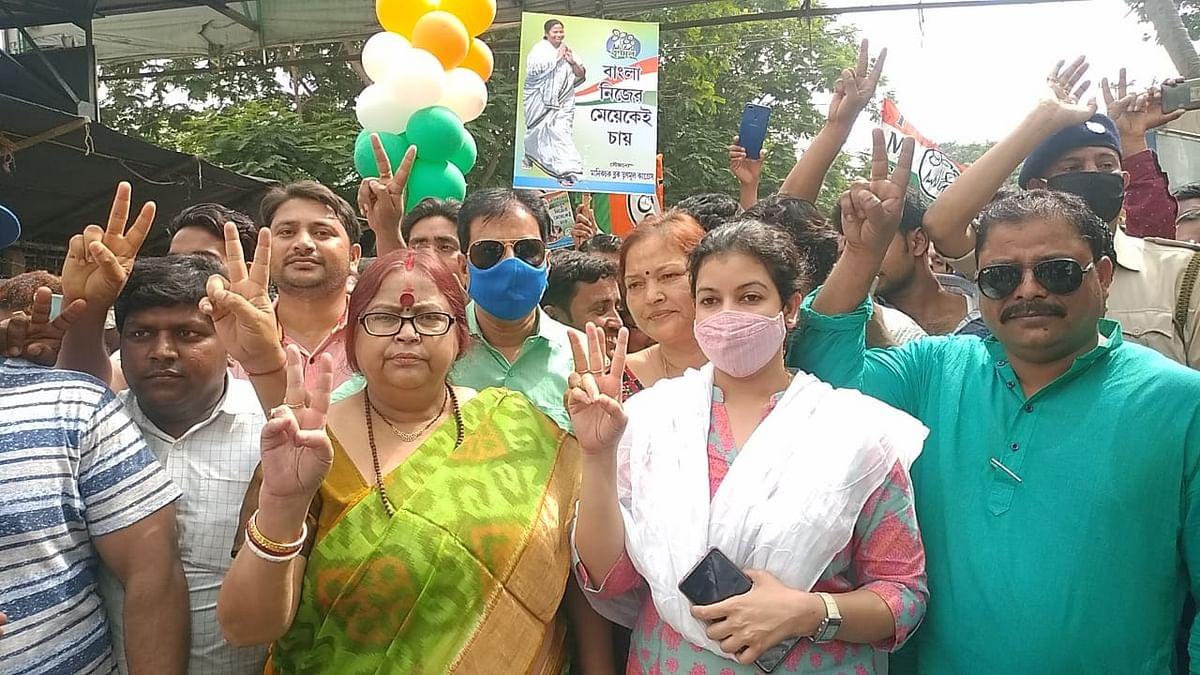 Bengal Assembly Election 2021: नामांकन दाखिल करने पहुंची TMC कैंडिडेट सावित्री मित्रा लौटी बैरंग, जाने क्यों ?