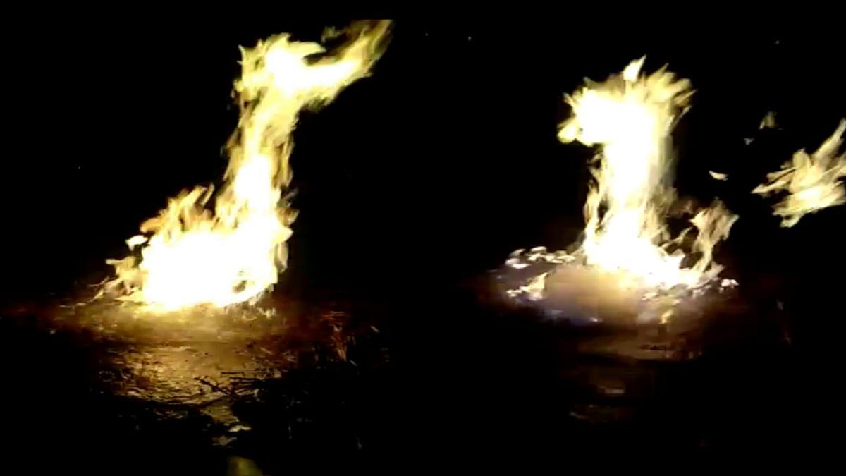 ...और अचानक पानी में उठने लगी आग की लपटें, जानें क्या है पूरा माजरा