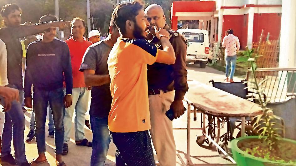 Bihar News: सरकारी स्कूल है या कार ट्रेनिंग सेंटर? ड्राइविंग सीखने के चक्कर में छात्रों को रौंद डाला, एक की मौत