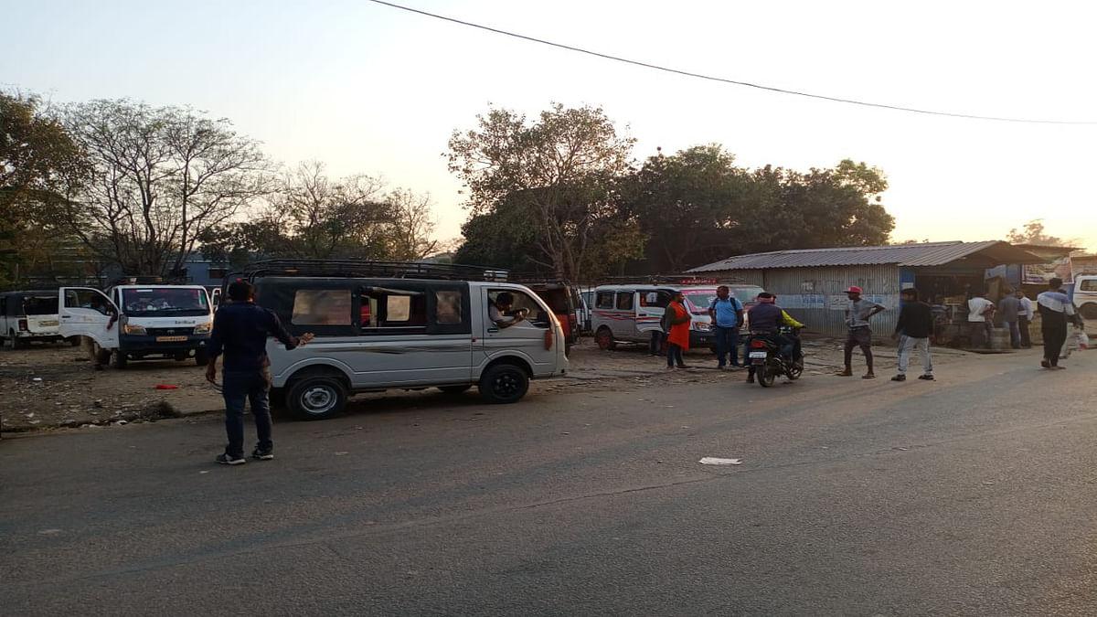 चाईबासा के सरकारी बस स्टैंड की करीब ढाई लाख तक घटी बोली, जानें मूल्य गिरावट का क्या रहा कारण