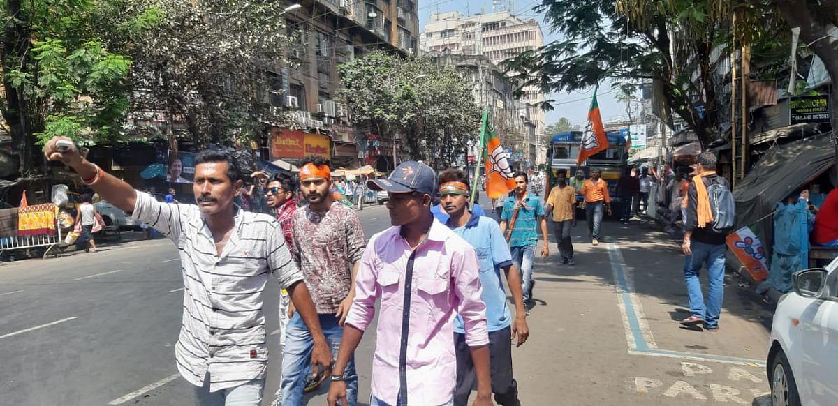 Brigade Rally LIVE : अब से कुछ देर बाद कोलकाता पहुंचेंगे पीएम मोदी, ब्रिगेड मैदान में लोगों का आना शुरू